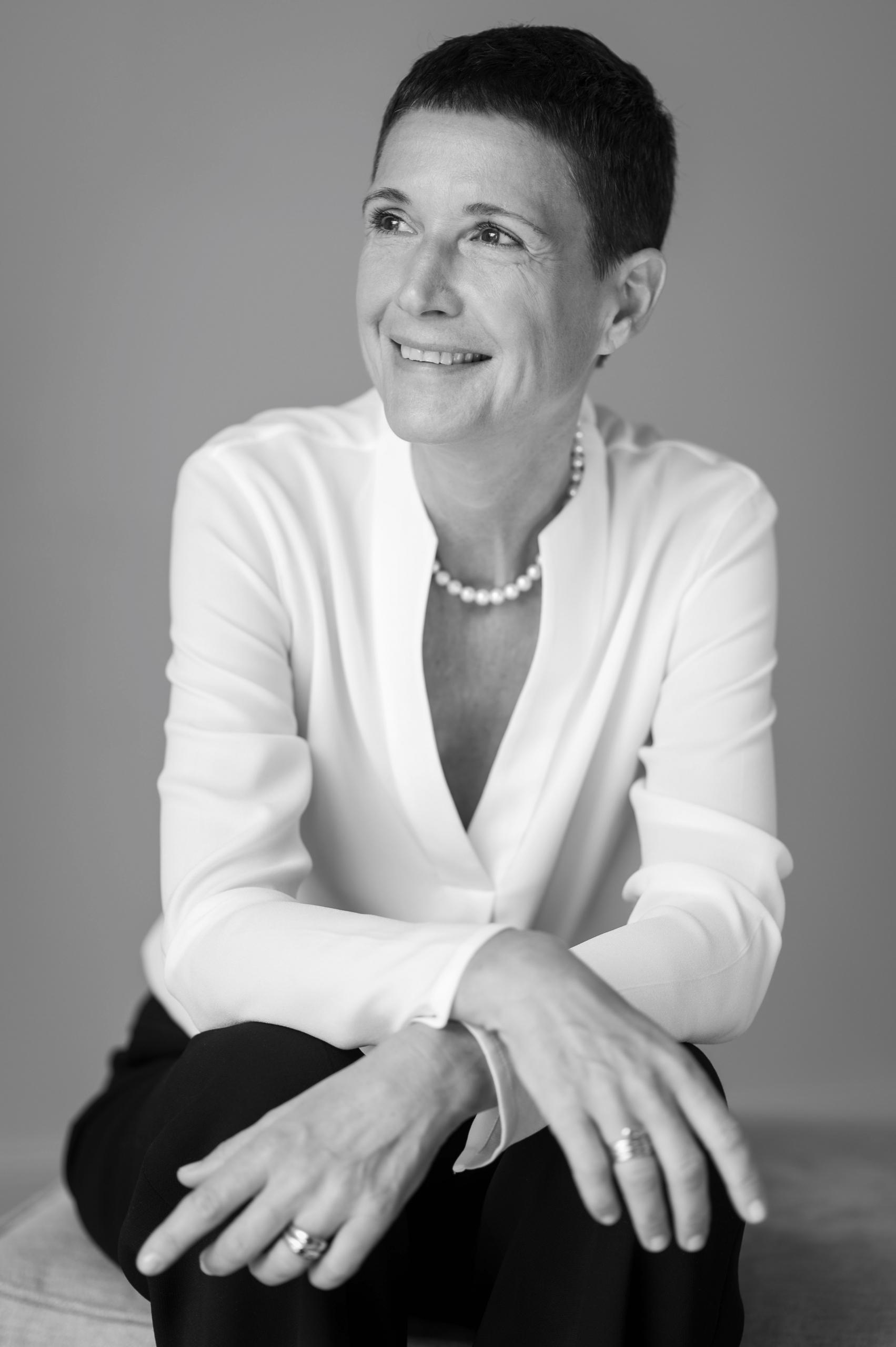 Sabine fb Lueder, Expertin für mentale Selbstführung & Gründerin des Online-Magazins DetoxDeluxe